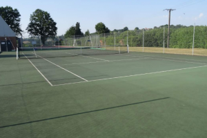 Tennis pas couvert